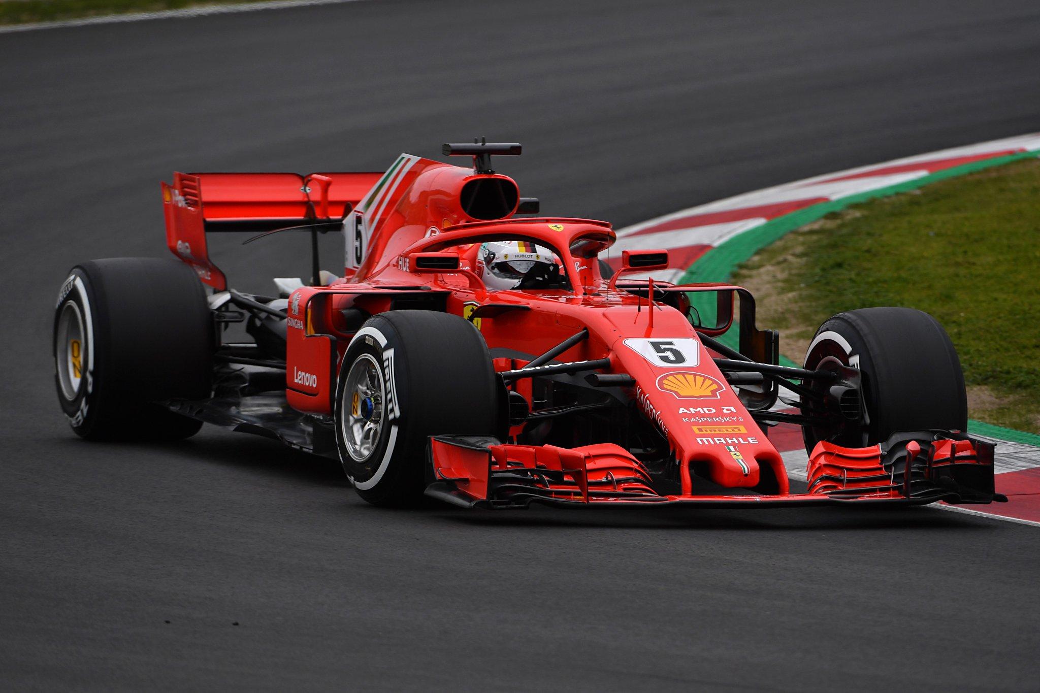 Себастьян Феттель на Ferrari лидирует во второй день первых тестов команд Формулы-1 в Барселоне