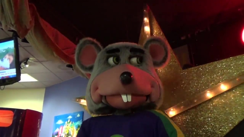 Chuck E Cheese - Nothing Like a Walk (Xtreme Close Up Version) - Albemarle Rd CLT NC - Show 5, 2017