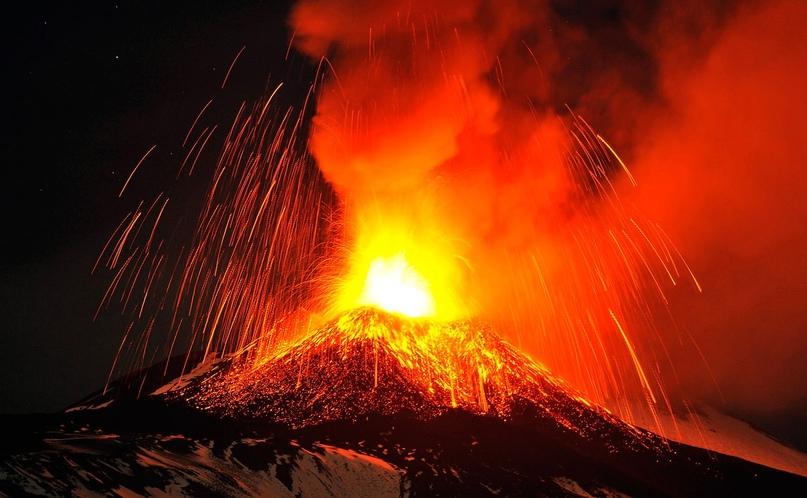 Вулкан Этна начал извержение — онлайн трансляция