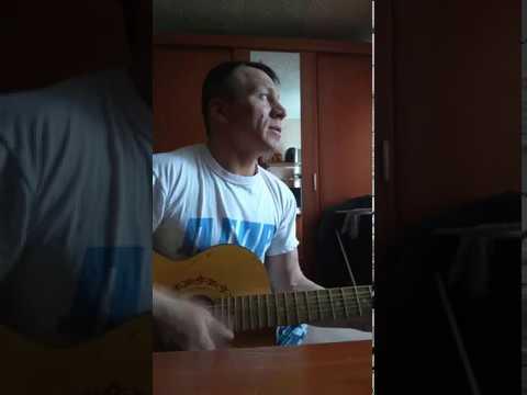 Песня под гитару посвящается погибшим морякам подводникам Красивое исполнение!