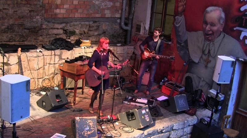 Fee Reega y banda - La Raptora - en directo en JG Stadtmitte in Jena