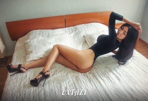 Bajo falda tremendo de culitos virgenes Sex