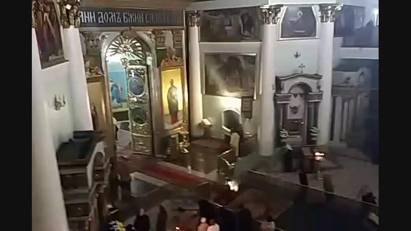 Курск Знаменский собор вечернее Богослужение Полиелей мощи Луки Крымского