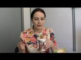 Екатерина из Брянска первый раз пьёт напиток из Баобаба