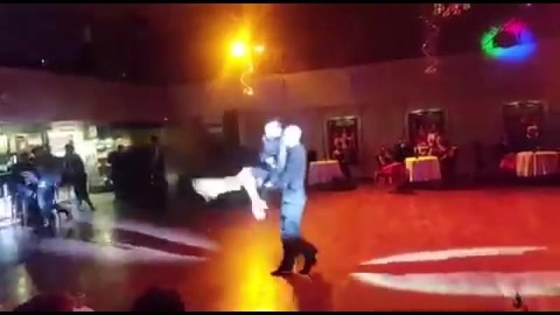 Танцевальный спектакль «Три товарища». Танцуют преподаватели клуба Янина Акимова, Эдуард Гатин и Денис Тягунов