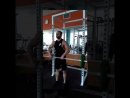 Один из примеров тренировки плеч, состоящей из трёх суперсетов, на передний,средний и задний пучки дельтовидной мышцы плеча.