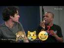 Darren Criss and Leslie Odom Jr. Emoji Music Challenge 1 rus subs   русские субтитры