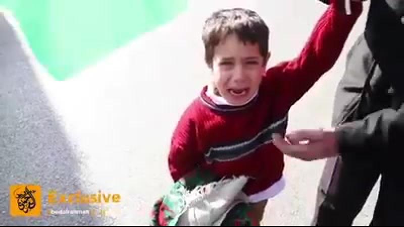 Les militaires Ils ont pris mon père Cet enfant palestinien pleure après l'arrestation de son père à l'entrée nord de Bethléem