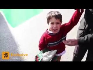 Les militaires Ils ont pris mon père. Cet enfant palestinien pleure après l'arrestation de son père à l'entrée nord de Bethléem