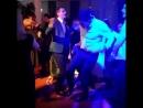 Нормально втащили танцпол в зале парни😃