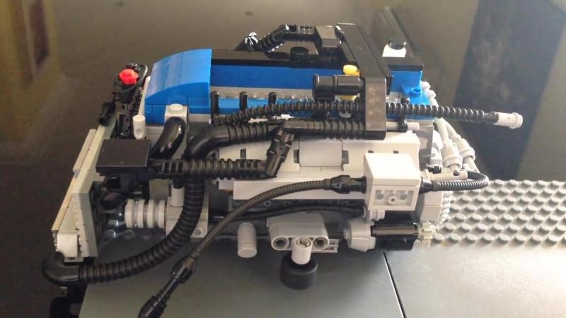 Turbo V6 Ford Falcon из конструктора Lego