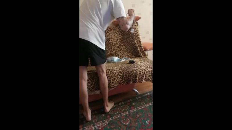 дёма бьет тату