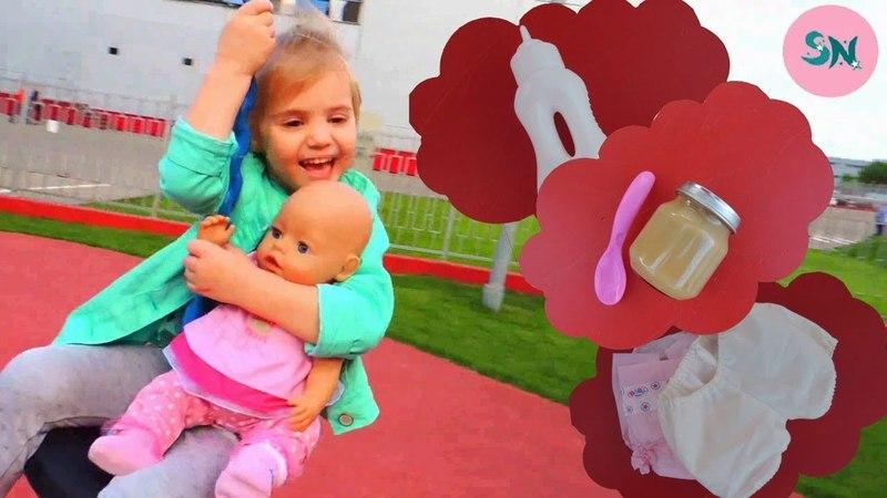 Кукла беби бон Лучшее видео для девочек Саша как мама заботится о кукле Насте