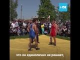 В случае опасности вызывайте эту бабушку из села Ленинаван Ростовской области