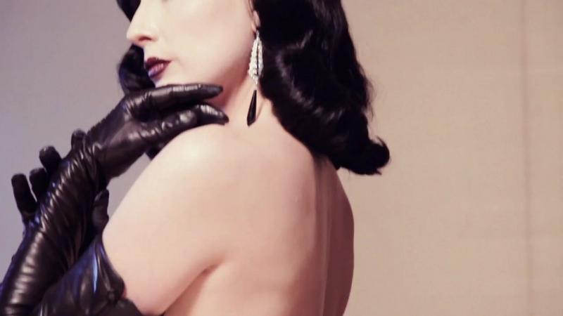 Dita Von Teese - Erotique