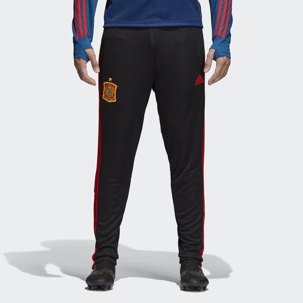 Тренировочные брюки сборной Испании