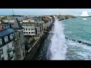Волны в Сен-Мало