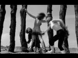 бдсм(bdsm, бондаж, порка) из артхаусного фильма Le Viol du vampire(Изнасилование вампиром, Rape of the Vampire) - 1968 год