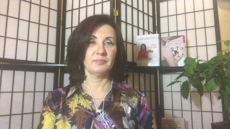Беседка с Лизой Питеркиной Одиночество в сети