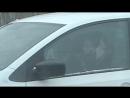 Телефонный разговор отвлекает будьте внимательны за рулем!