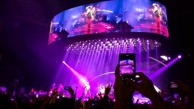 Queen Adam Lambert - Don't Stop Me Now (Lisboa, 07/06/2018)