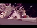 Astronautas rusos salen de caminata espacial