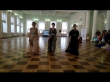 Джессика Либерманн (Липецк), Анна и Ольга Аграновские (Москва) в показ от дизайнера Mila.