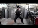 Альберт танцует за всех