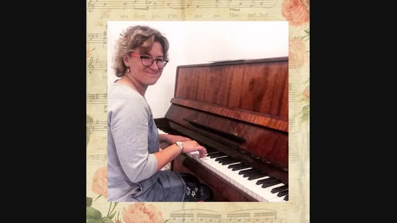 Вы хотите научиться играть на укyлeле или пианино? – запишитесь на бесплатное занятие в школу музыки - обращайтесь в личку!