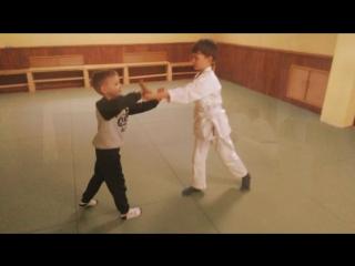 Детские тренировки в школе айкидо
