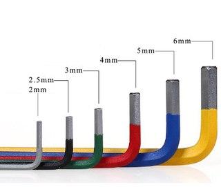 Комплект разноцветных шестигранников
