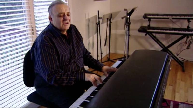 Angelo Badalamenti explains how he wrote Laura Palmers Theme