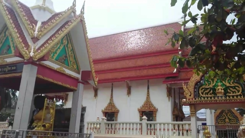 Храм на о.Ко Лан