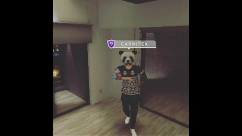 Shuffle dance C A R N i F E X