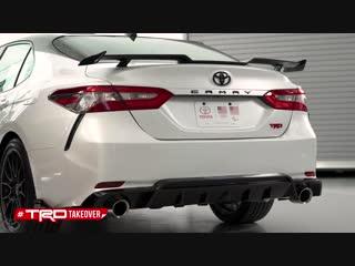Toyota представила TRD-версии седанов Camry и Avalon
