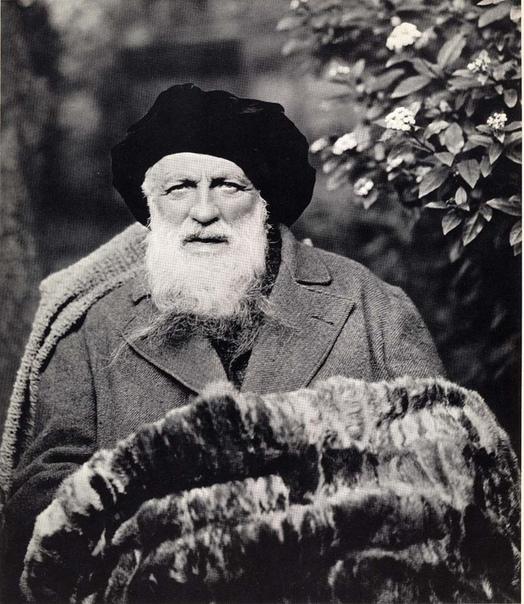 В этот день, 12 ноября, родился Франсуа Огюст Рене Роден (фр. François-Auguste-René Rodin; 1840 — 1917) — французский скульптор, признанный одним из создателей современной скульптуры.