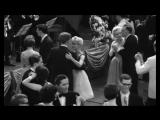 Танцы из 300 фильмов соединили в одном видео.