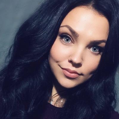 Анна Сушич