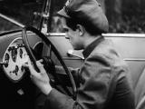 Hollywood on Parade # B-1 (1933)