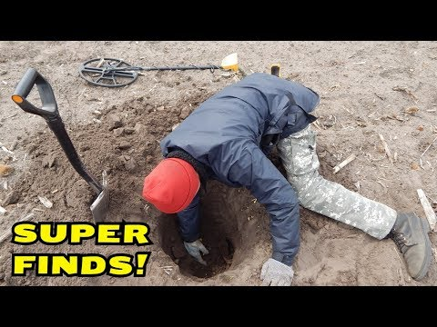I WAS LUCKY ENOUGH! SUPER METAL DETECTING ON THE FIELD! CrazySeeker!