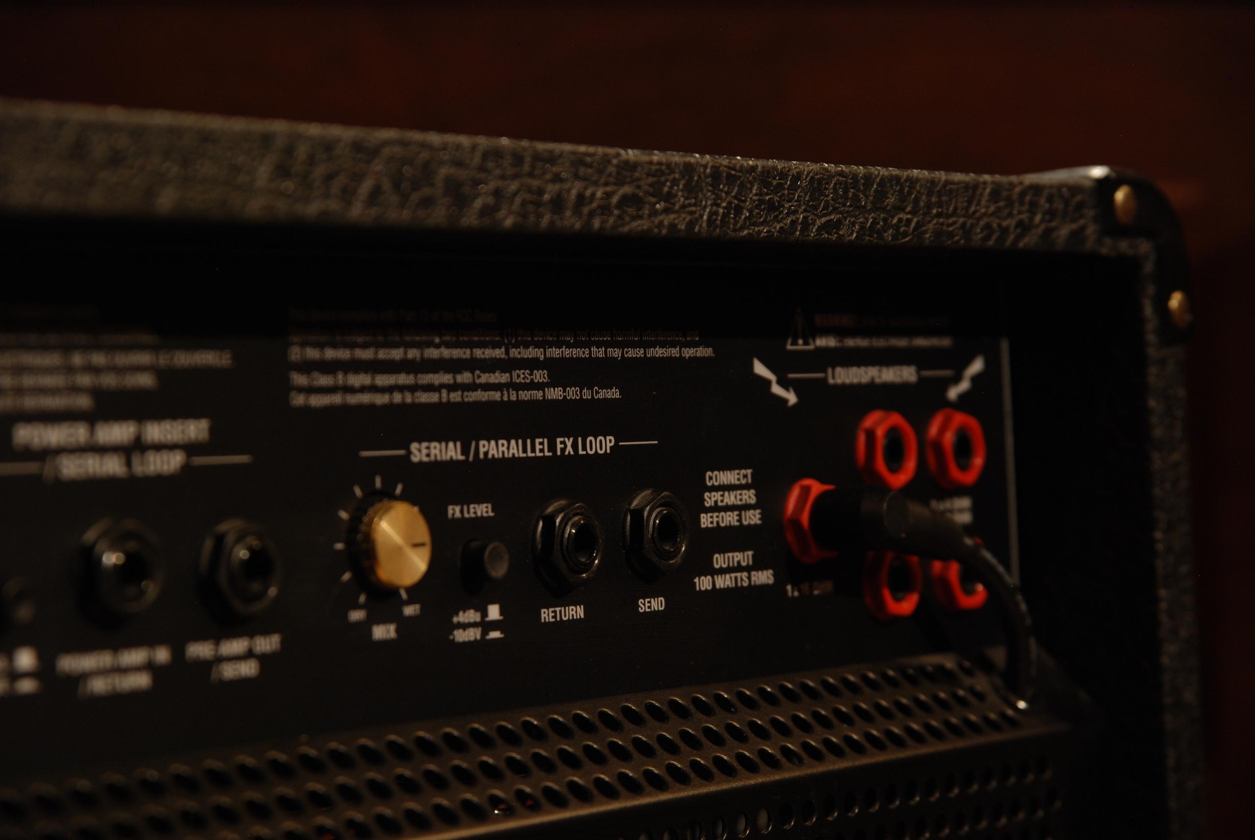 Продам гитарный ламповый комбоусилитель marshall JVM410C