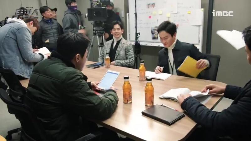 성혁이 예뻐하는 사람 엠빅만 있는거 아니다 강력 2팀에서 사랑받는 사랑둥이 막냉이 독고다ㅠㅅㅠ♥ 이호원 투깝스 형님미소