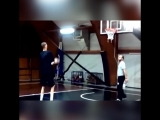 Самый высокий баскетболист!