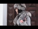 Сола Монова - Самка богомола или кузнечик