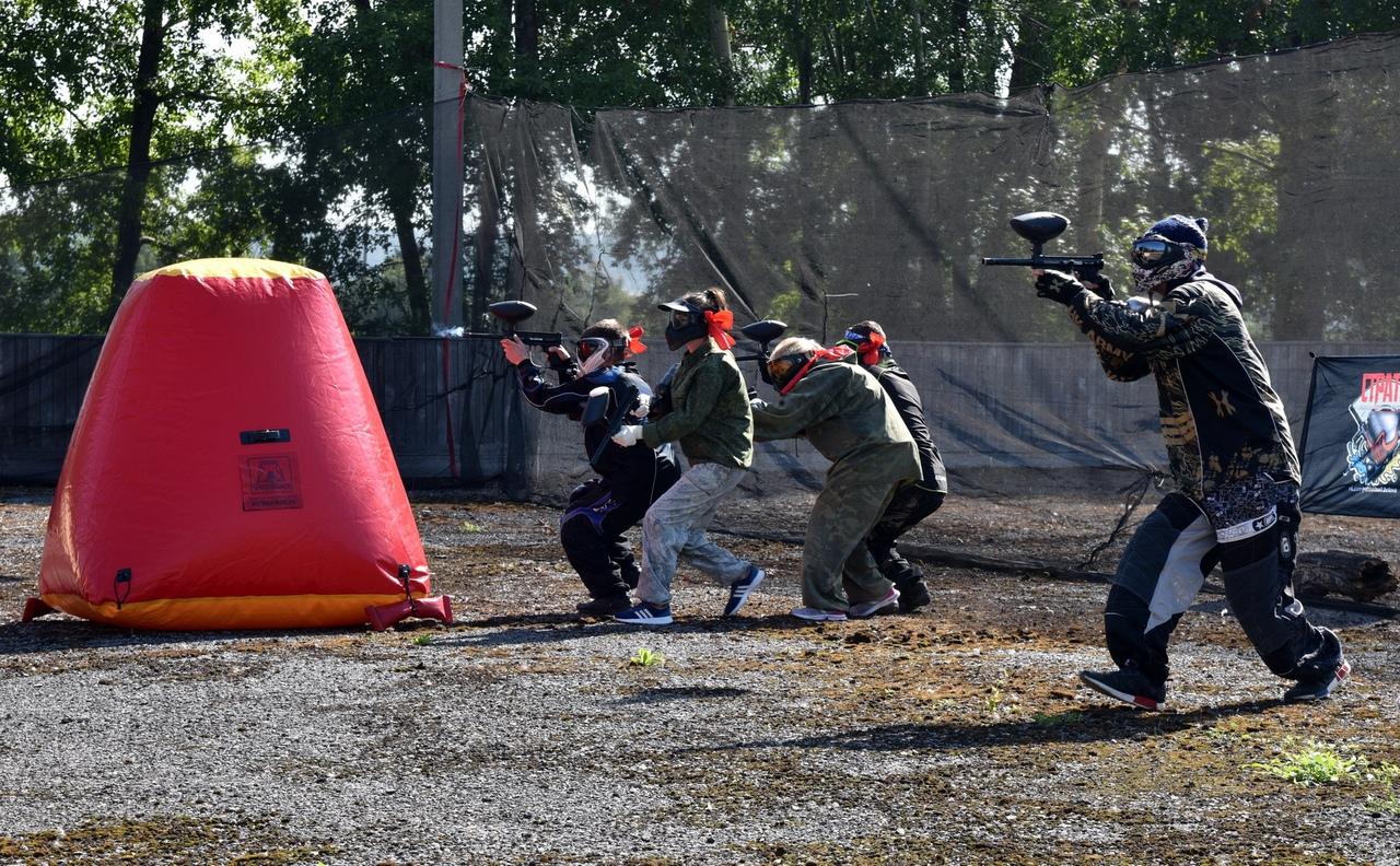 0z0bKLoGQ98 - В Белово в день физкультурника прошли масштабные «Молодецкие игры». На