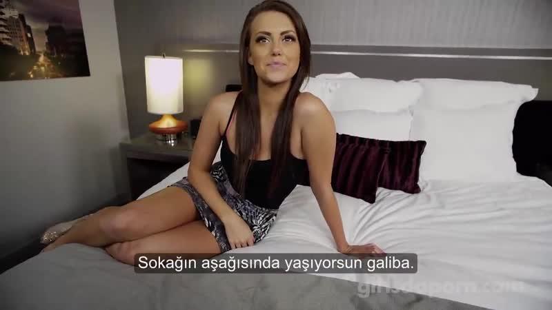 Garson kız para için seks yapıyor Türkçe Altyazılı