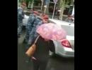 Менты в Ереване разбивают авто протестующих дубинками и ногами