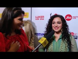 Nithya Menen Confused! - Jio Filmfare Awards South 2018 #MirchiAtFilmfare