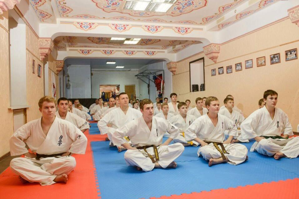 Киокушинкай каратэ популярно в студенческой среде, а также среди представителей самых разных профессий.
