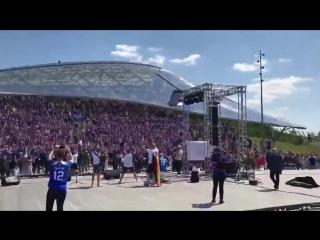Знаменитое ХУ! от 30000 болельщиков Исландии